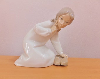 Lladro Girl with Slippers Retired