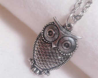 Owl Necklace - Bird Necklace - Simple - Everyday - Custom Chain Length - Casual - Pendant - Christmas Gift