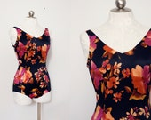 80s bold floral one piece swimsuit // Heat Wave // size small - medium