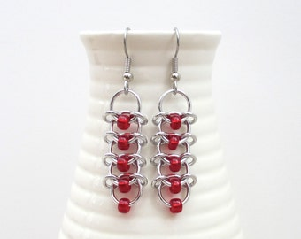 Centipede chainmail earrings with red beads