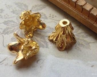 11 mm Golden Plated Morning Glory Flower Bead Cap (.am)