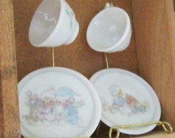 Precious Moments 5 Doll-Size Tea Cups and Saucers