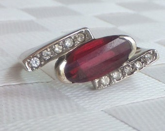 Vintage Art Deco Ruby and Diamond 14k Ring