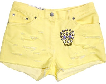 Studded Shorts Yellow Distressed Denim Sugar Skull Studs Unique Boho Grunge Max & Co High Waist Small Medium W29