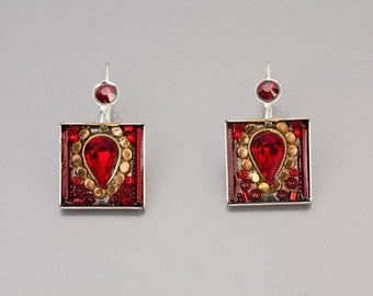Red square earrings - Red square earrings with Swarovski crystals and beads - hand-made by Adaya Jewelry