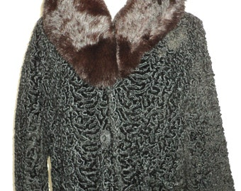 Vintage Black Persian Lamb Fur Car Coat with really wonderful Chocolate Brown Mink Collar with black satin silk lining in Vintage Condition