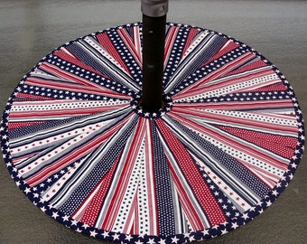 Quilted Patio Table Topper Dresden Plate Stars and Stripes