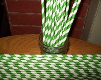 10 1/2 inches Long Retro Looking Kelly Green & White Striped Paper Drinking Straws   25