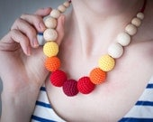 Teething necklace / Crochet nursing necklace - Gradient Yellow, Orange, Red