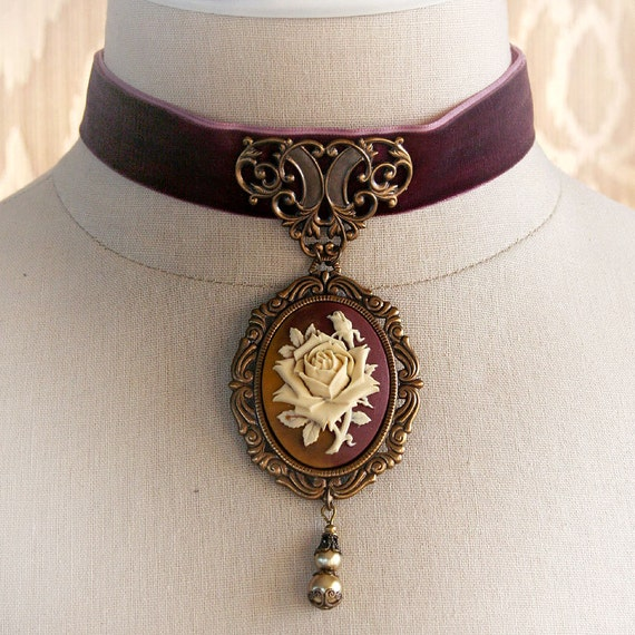 Medieval Choker Necklace