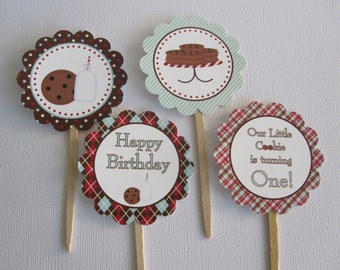 12 Milk and Cookies Cupcake Toppers (Personalized)