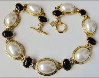 Anne Klein Necklace Large Black and White Pearl Cabochons Lion Tag