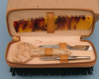 1960s Travelling Clothes Brush and Vanity Set in the Original Box - Made in England
