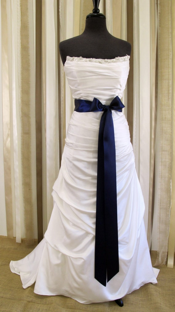 Items similar to bridal sash 2 1 4 navy blue satin ribbon for Blue sash for wedding dress
