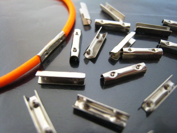 Finding 20 Pcs Silver Metal Fold Over Crimp Head Clips For
