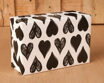 Black & White Heart Wrapping Paper / 12 Sheets