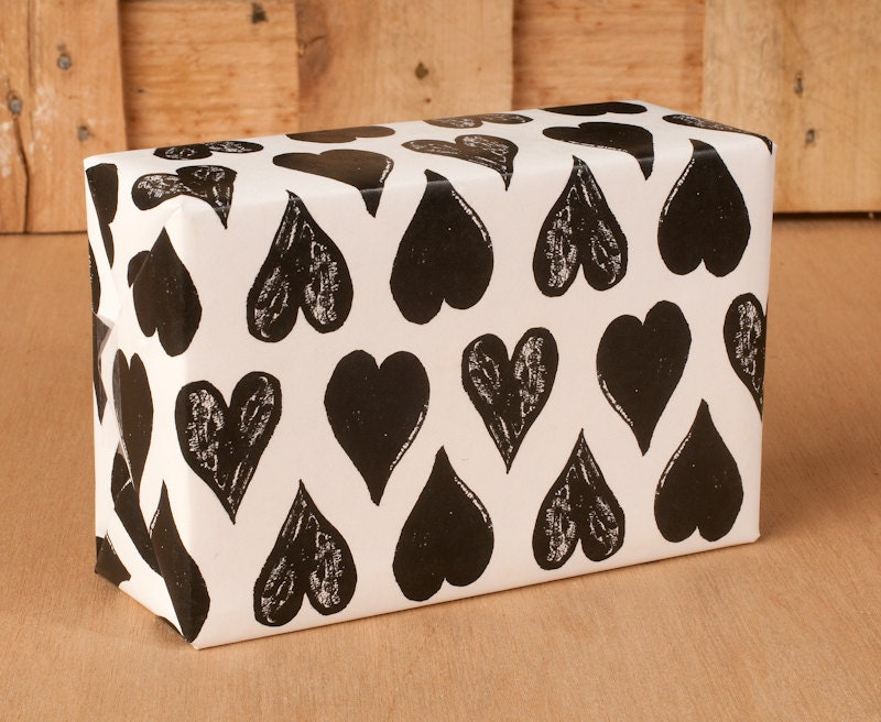 black white heart wrapping paper 12 sheets. Black Bedroom Furniture Sets. Home Design Ideas