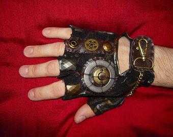 """MENS """"Mad Max""""- Moonhoar Monster Glove- Steampunk S, M, L, XL, XXL"""