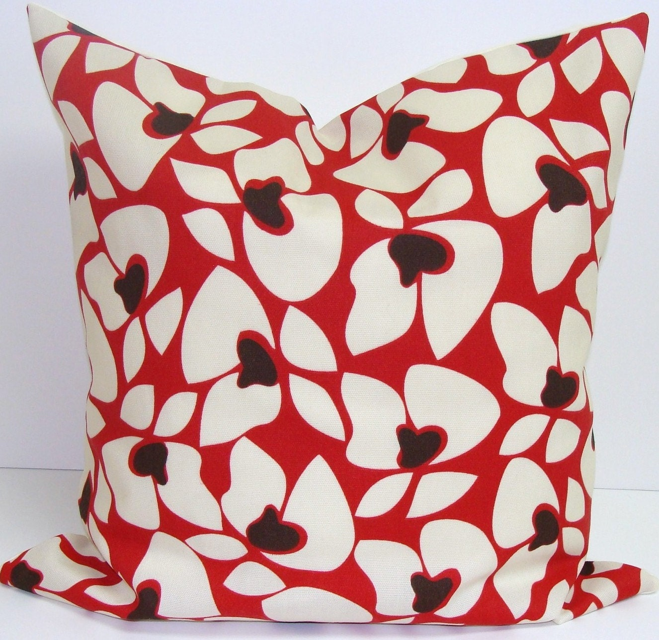 RED OUTDOOR PILLOW.16x16 inch.Pillow Cover. Decorative Pillow