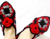 Crochet Granny Square Slippers, Slipper bootie socks, Red Grey and black Women's Slippers, Cozy slippers, House shoes
