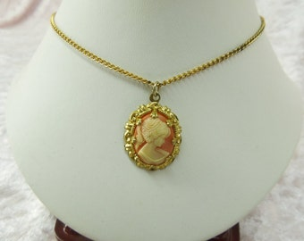 Vintage Gold Tone Lady Cameo Pendant on Necklace