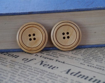 "Large 10 pcs Light Wood Buttons 30mm 1 1/8"" (WB747)"