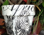 ANIMAL PRINT PLANTERS / Zebra Terra Cotta / African Pot / Safari Clay  / Safari Gift  Pot / Gardenning / Home Decor Planter / Flower Pots