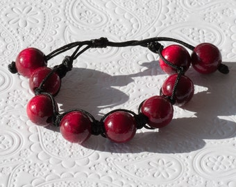 Clearance: Macrame bracelet with red wooden beads - wood beads and macrame cord
