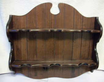 Colonial Shelf for Cups & Saucers