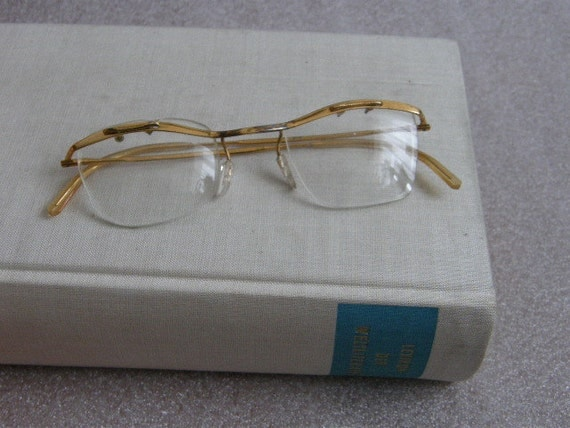 Half Wire Horn Rim Eyeglasses Golden Frames By