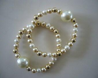 "Queasy Beads™ Motion Sickness Bracelets in ""Almond & Cream"""