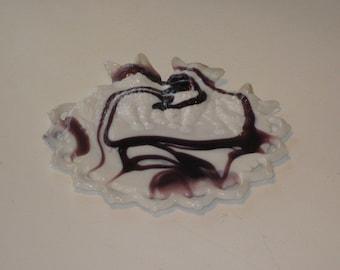 Vintage Cat Kitten Swirled Purple & Milk Glass Plate by Westmoreland Glass Co.