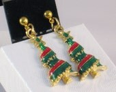 Dangle Earrings with a Christmas Tree