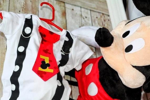 Mickey Mouse Birthday Tie and Suspenders por shopantsypants en Etsy
