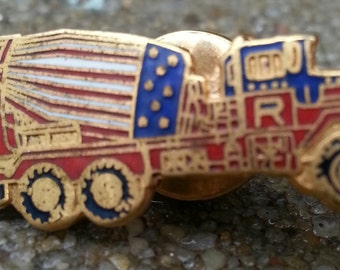 "vintage kitsch patriotic truck tie or lapel pin | men's gift "" letter R"