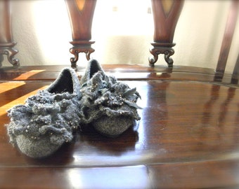 Flower Petal Flats,Outdoor Shoes,House Slippers,Felted Wool,Slip Ons,Ballet Shoes,Wool Felted Shoes,Women's Shoes,Slow design. momoish made.