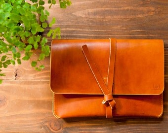 Leather iPad Case/Portfolio - Saddle Tan color  Made from veg tan leather, 100% hand stitched.