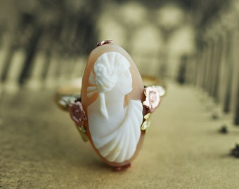 Vintage Ring - Vintage Cameo Ring - 10K Yellow, Rose and Green Gold