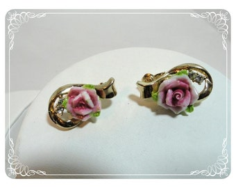 A Pink Rose is a Rose Ceramic Clip on Earrings Vintage    E494a-041412000