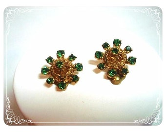 Green Rhinestone Domed Floral clip on Vintage  Earrings E424a-040812000