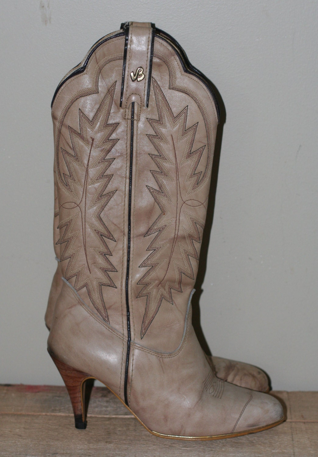 vintage s high heel cowboy boots by jeenz bootz size