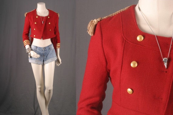 Collection Red Military Jacket Pictures - Reikian