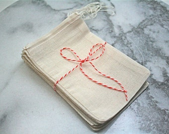 Muslin favor bags, 4x6. Set of 25. Unprinted natural cotton drawstring bags. DIY wedding favor bags.