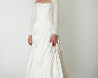 Wedding Bolero knitted of cashmere merino in one piece skinfriendly and soft in white, off white, ivory or other colours