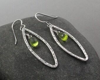 Peridot and Sterling Silver Earring Ear-271