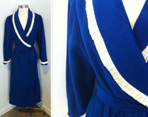 Blue Robe, Size Medium, Miss Elaine House Robe, Royal Blue Vintage House Coat, Women's Lingerie, Blue Robe, Ladies' Lingerie