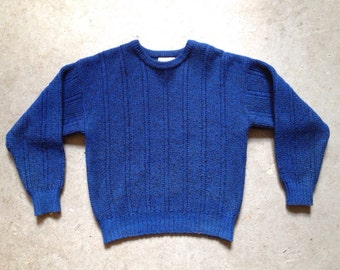 vintage 1980s sweater in blue & black. 80s preppy pullover jumper. retro clothing. size medium.