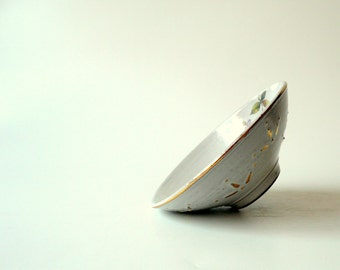 Ceramic Bowl in Cream White with Purple Flowers and Touches of Gold (small), Shabby Chic by Cecilia Lind, StudioLind
