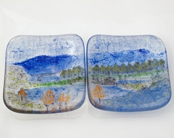 Pair of Lake District dishes (LD22)