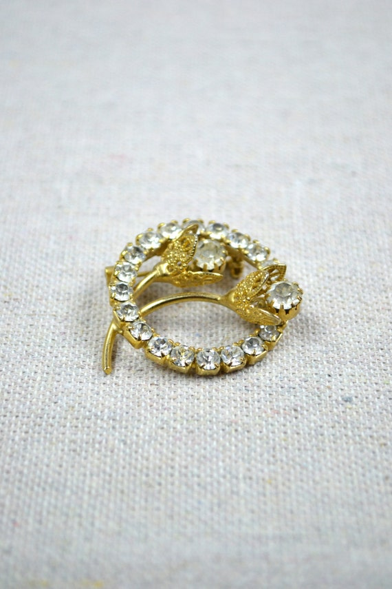 50s brooch / 1950s jewelry / vintage flower brooch